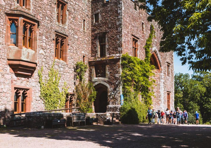castletour